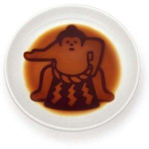 可・醤油を注ぐと?相撲醤油皿 どひょういりの1枚目の写真