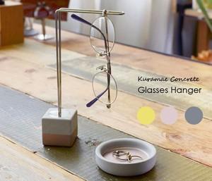 Glasses Hanger コンクリート製のグラスハンガーの1枚目の写真